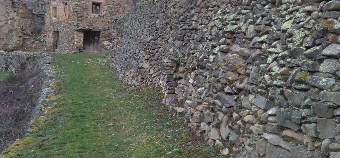 Pueblo abandonado el olivan